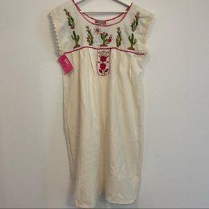 NWT Southwestern Cream Cactus Embroidered Dress